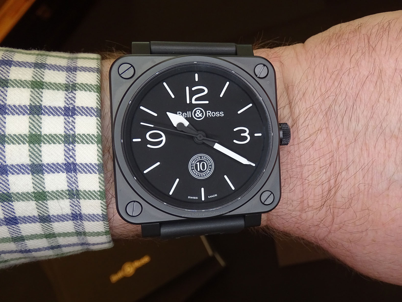 Bell and Ross BR 01 10th Anniversary en la muñeca