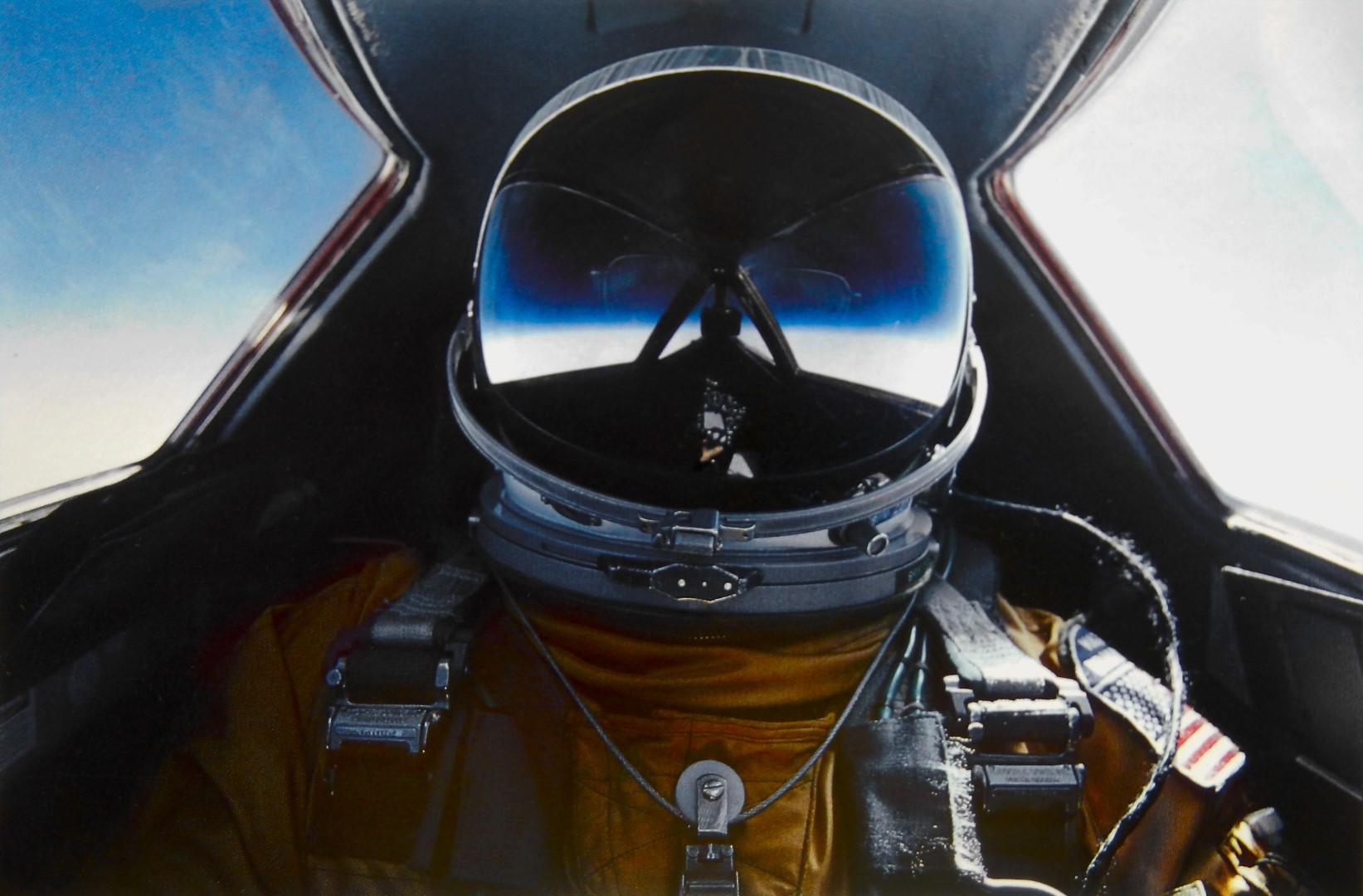 Brian Shul en la cabina del SR-71 Blackbird