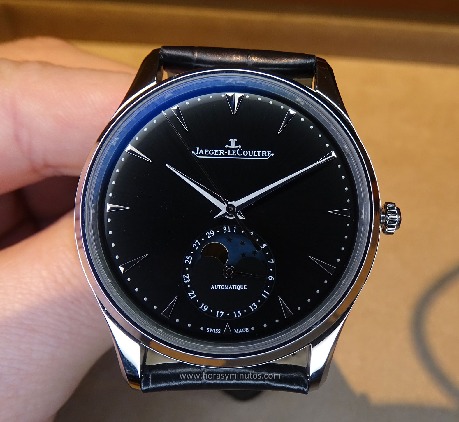 Jaeger-LeCoultre Master Ultra Thin Moon