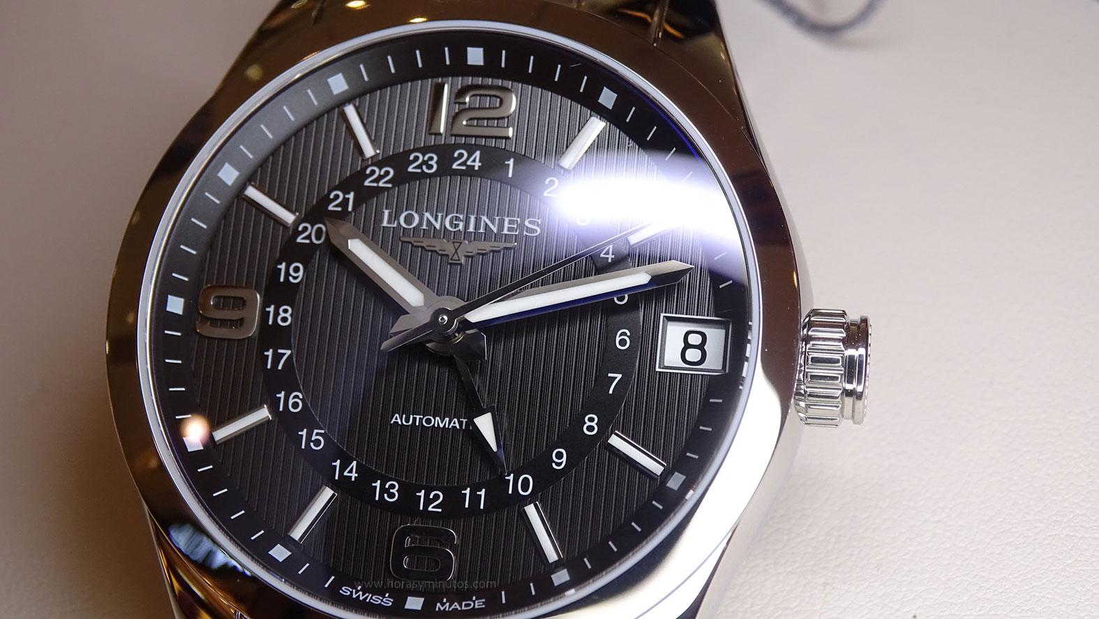 Longines Conquest Classic Automatic GMT detalle esfera
