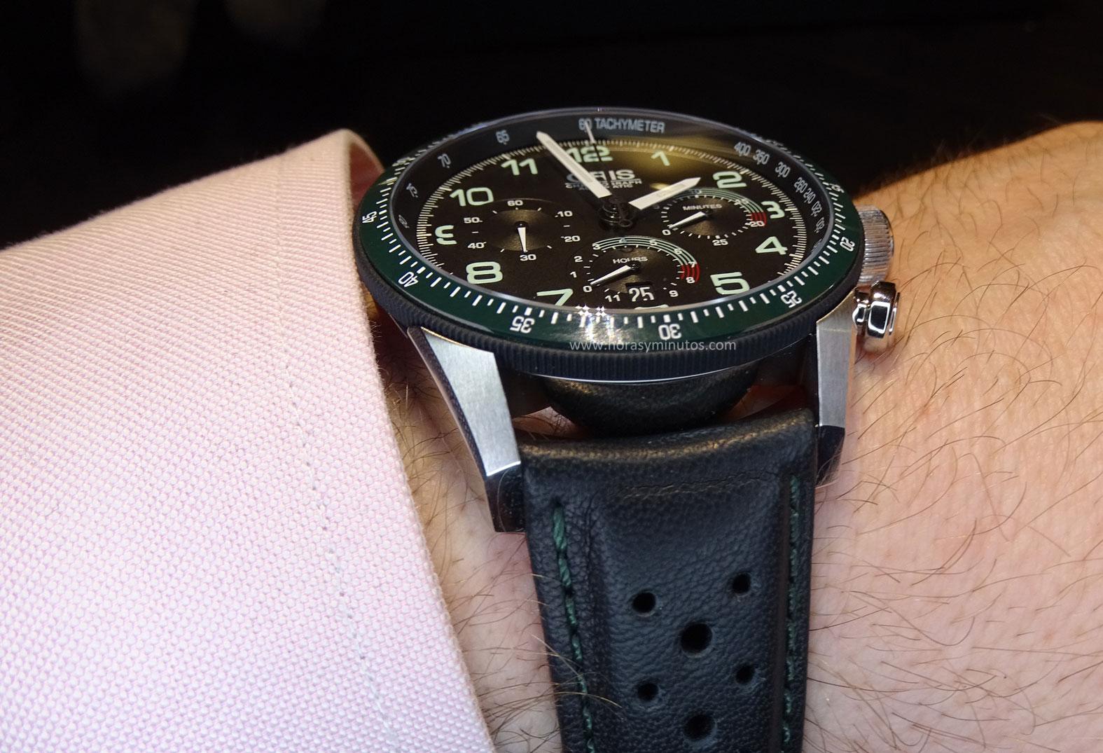 Oris Calobra Chronograph perfil