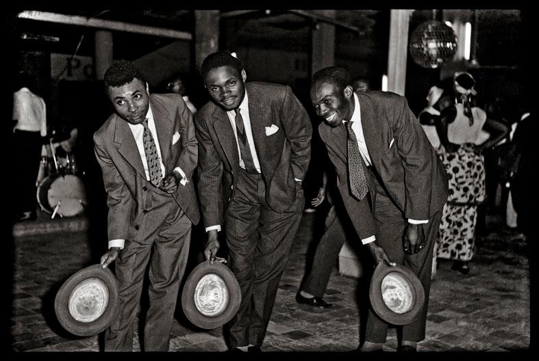 Cartier- Jean Depara, sin título, de las serie Les Nuits et les jours de Kinshasa, 1955-65