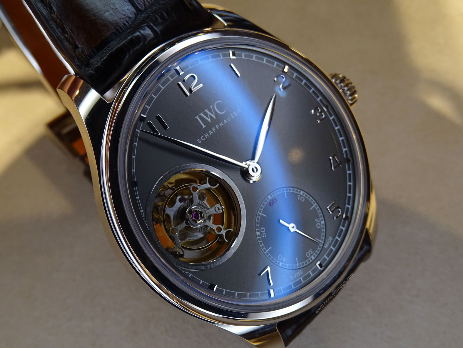 IWC Portugues Tourbillon Manual pizarra tourbillon