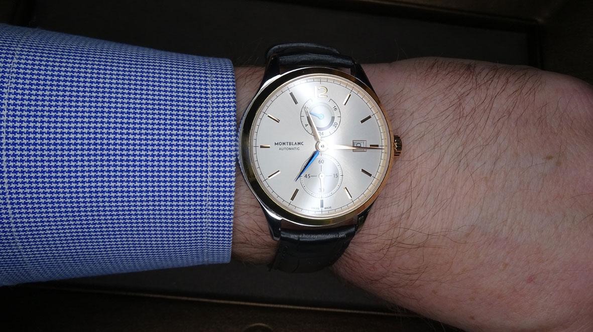 SIAR 2015 - Montblanc Heritage Chronométrie Dual Time en la muñeca