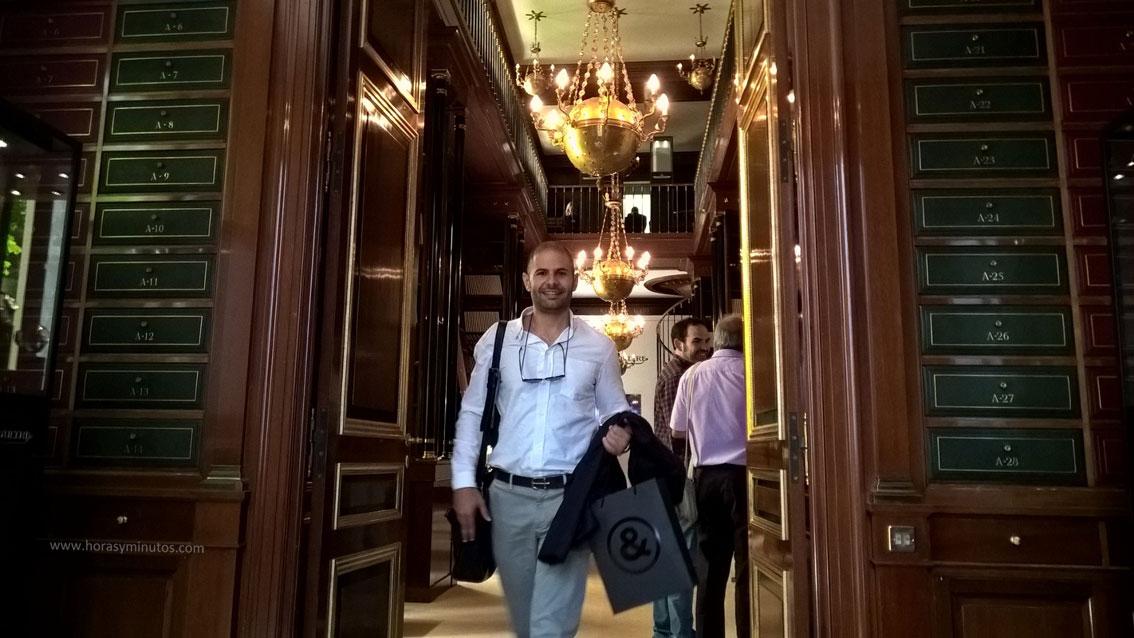 Yen Rodeiro, fundador de la web tiempo de lujo. en la biblioteca de Jaeger-LeCoultre