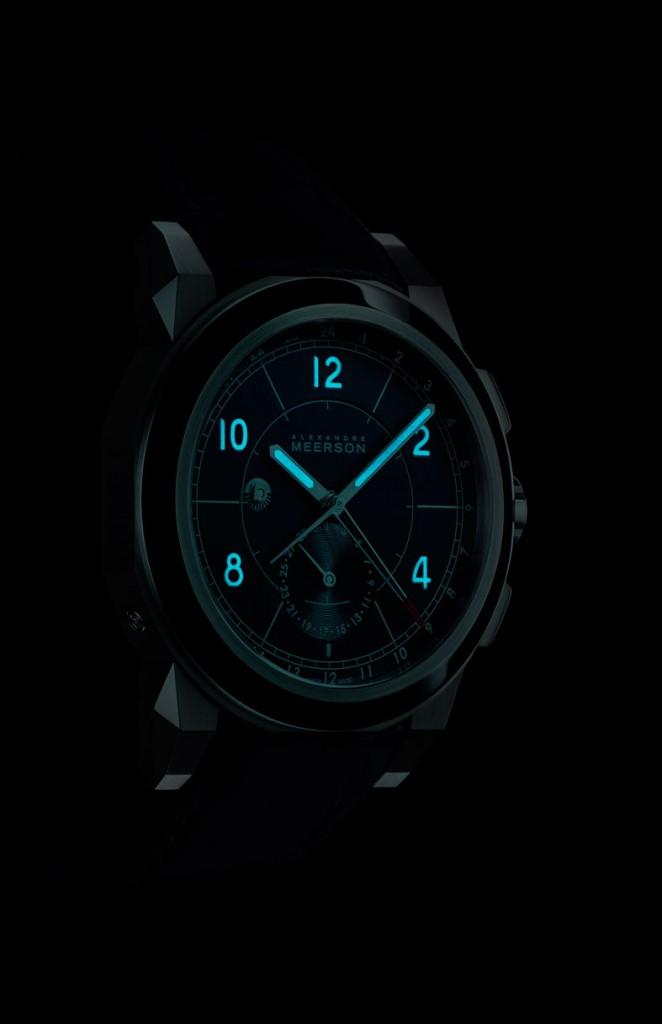 Alexandre Meerson D15 MK-1 GMT - en la oscuridad