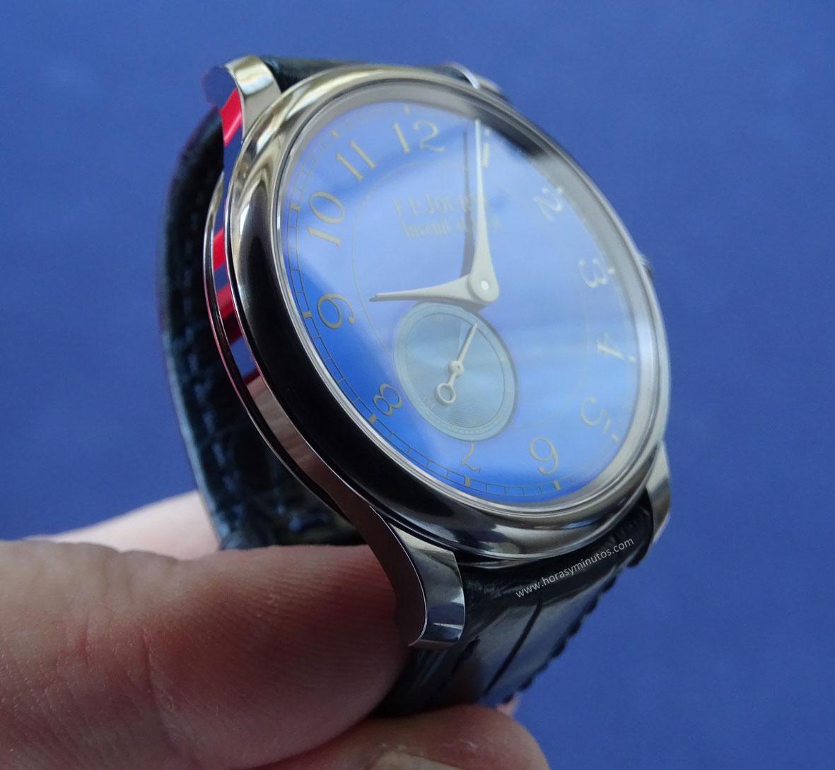 FP Journe Chronomètre Bleu perfil de la caja