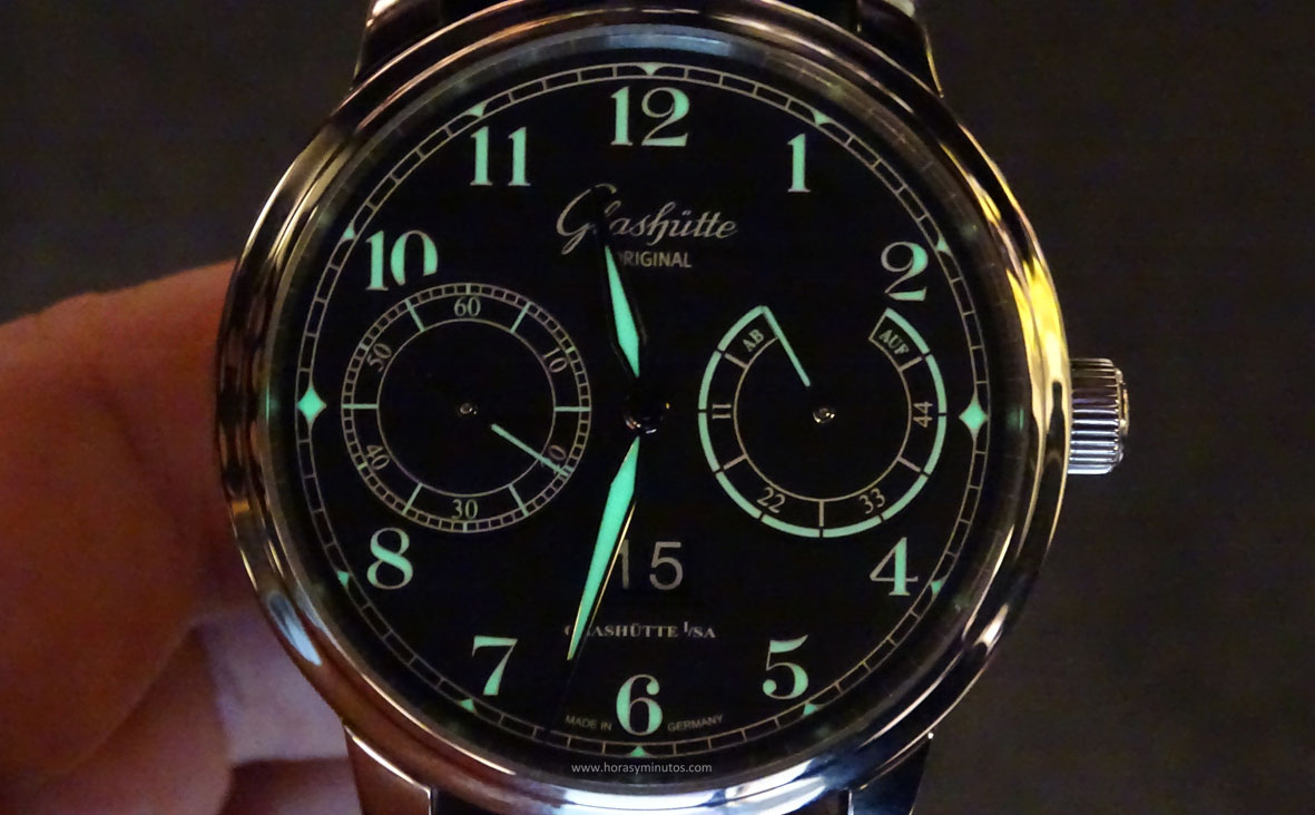 Glashutte Senator Observer SuperLuminova