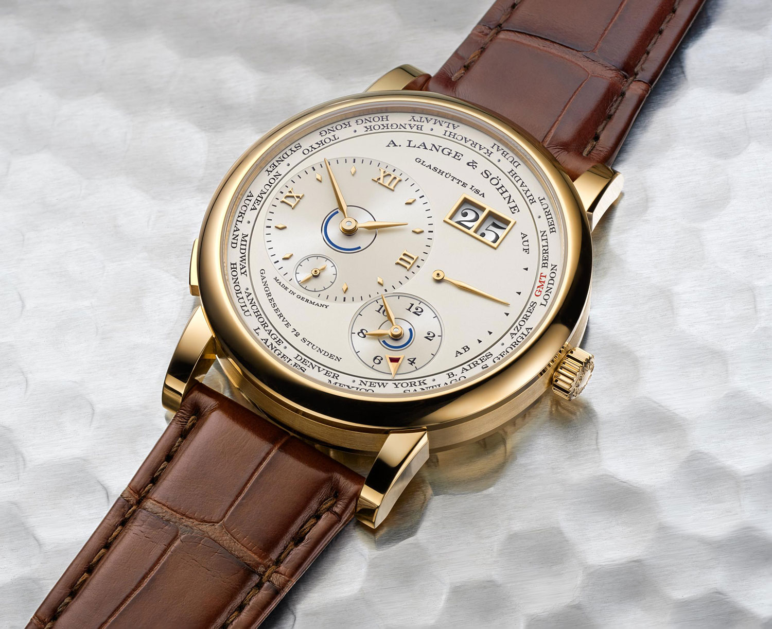 Lange 1 Time Zone en oro amarillo