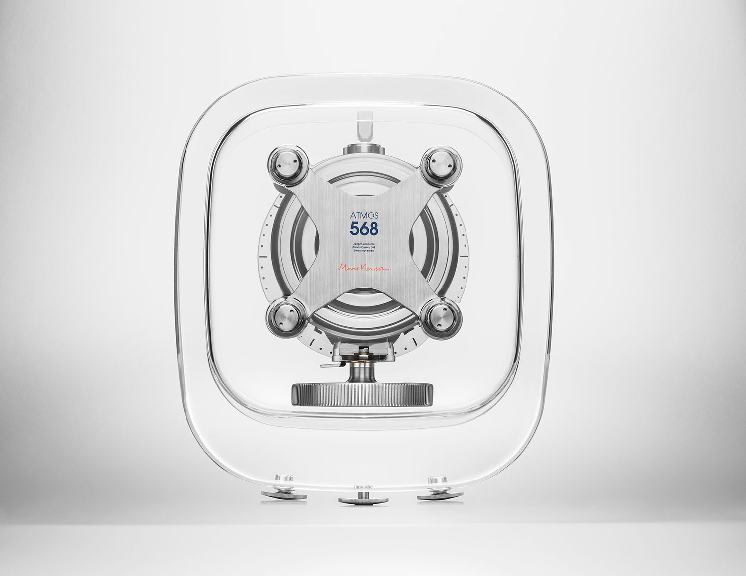 reverso del Atmos 568 by Marc Newson