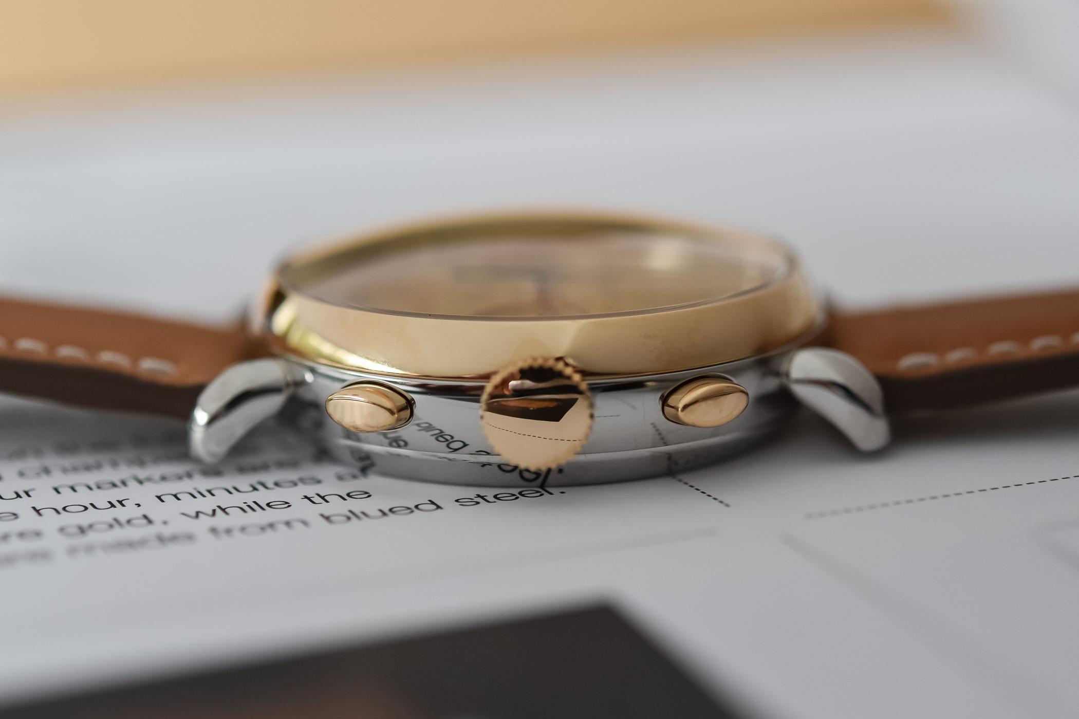 La caja bitono del Audemars Piguet [Re]master01 Selfwinding Chronograph