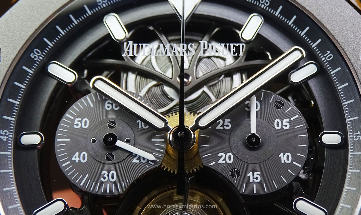 Audemars Piguet Royal Oak Tourbillon Chronograph detalle de la esfera Horas y Minutos