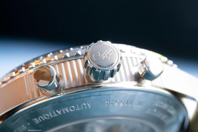 Corona y pulsadores del BREGUET TYPE XXI 3815 Titanio