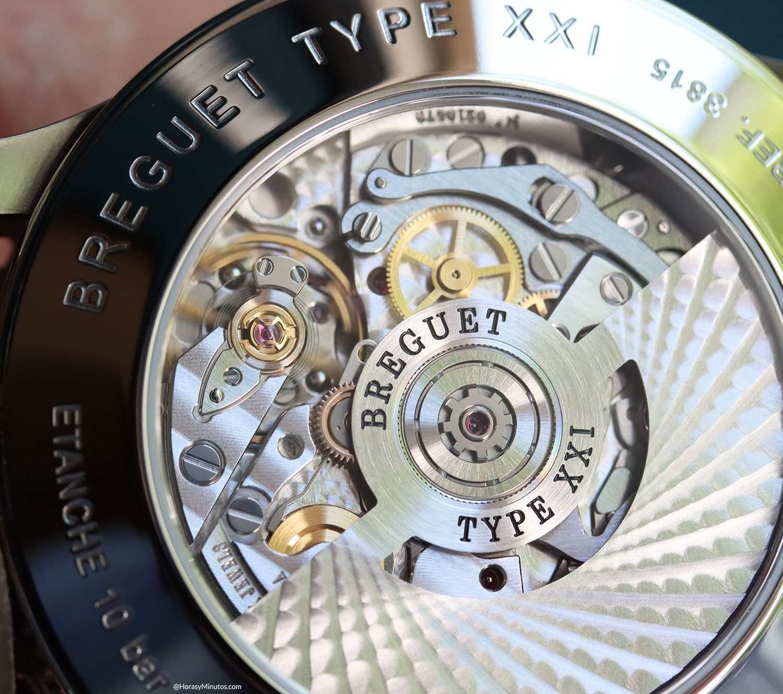 Detalle del calibre 584Q/2 del BREGUET TYPE XXI 3815 Titanio