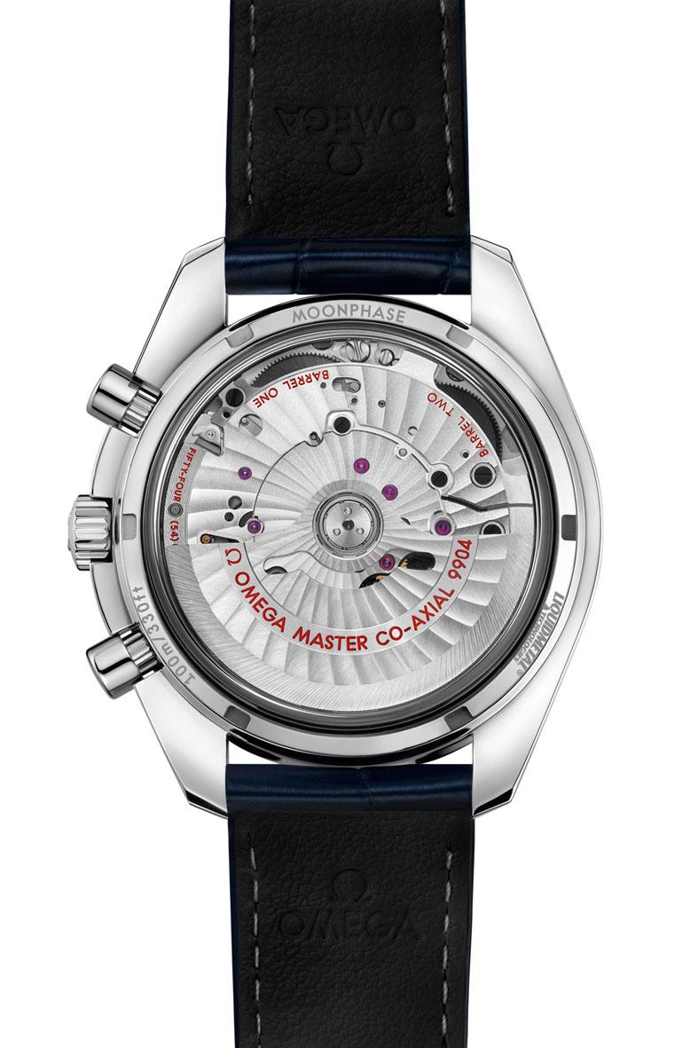Baseworld-2016-Omega-Speedmaster-Moonphase-Chronograph-Master-Chronometer-calibre-co-axial-9904-horas-y-minutos
