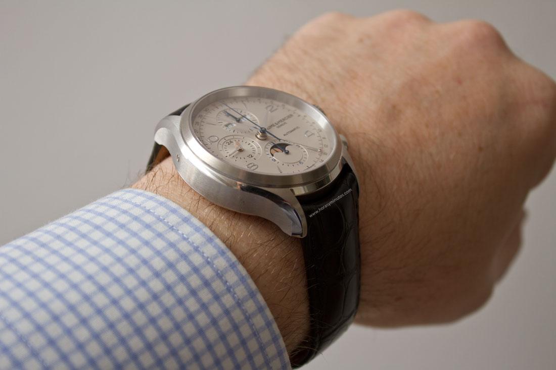 Baume-Mercier-Clifton-Chronograph-Complete-Calendar-12-HorasyMinutos