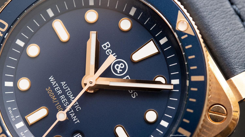 Detalle de la esfera del Bell & Ross BR 03-92 Diver Blue Bronze