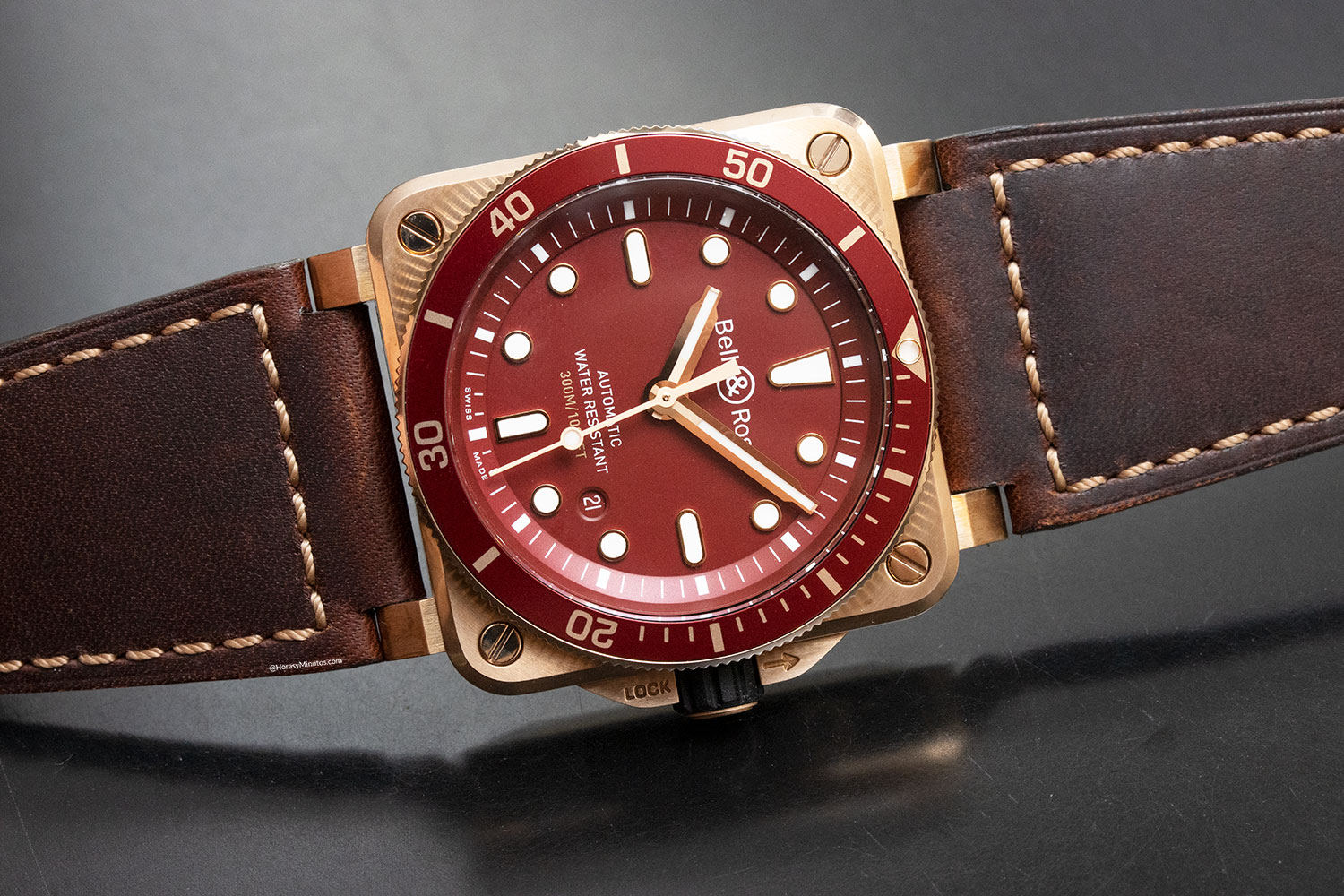 Vista frontal del Bell & Ross BR 03-92 Diver Red Bronze