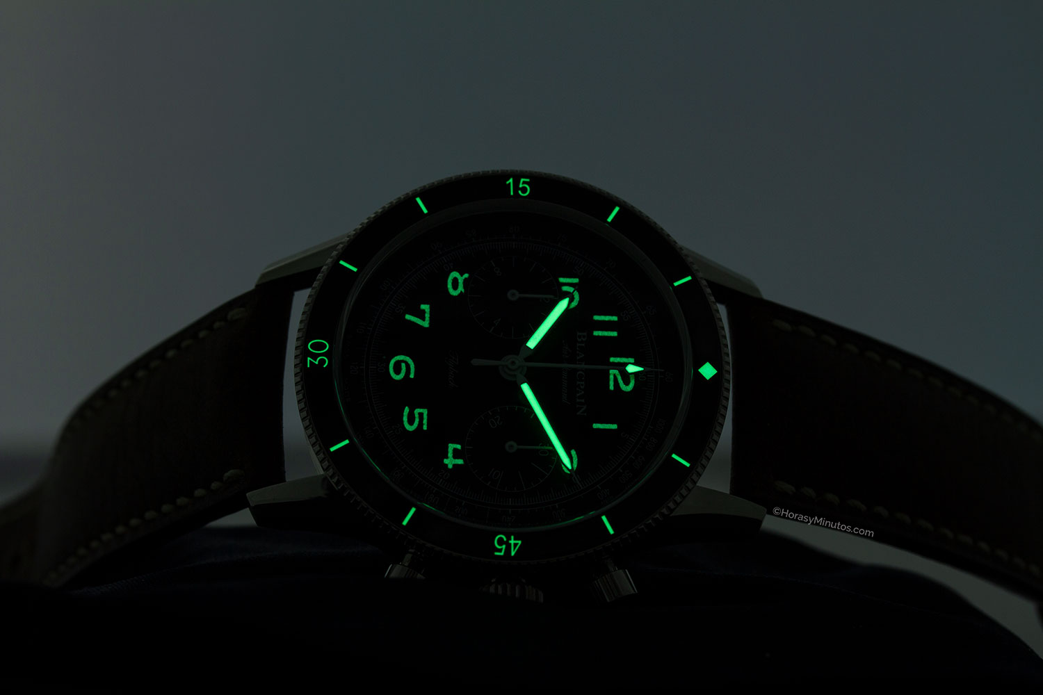 Tratamiento con Super-LumiNova del Blancpain Air Command