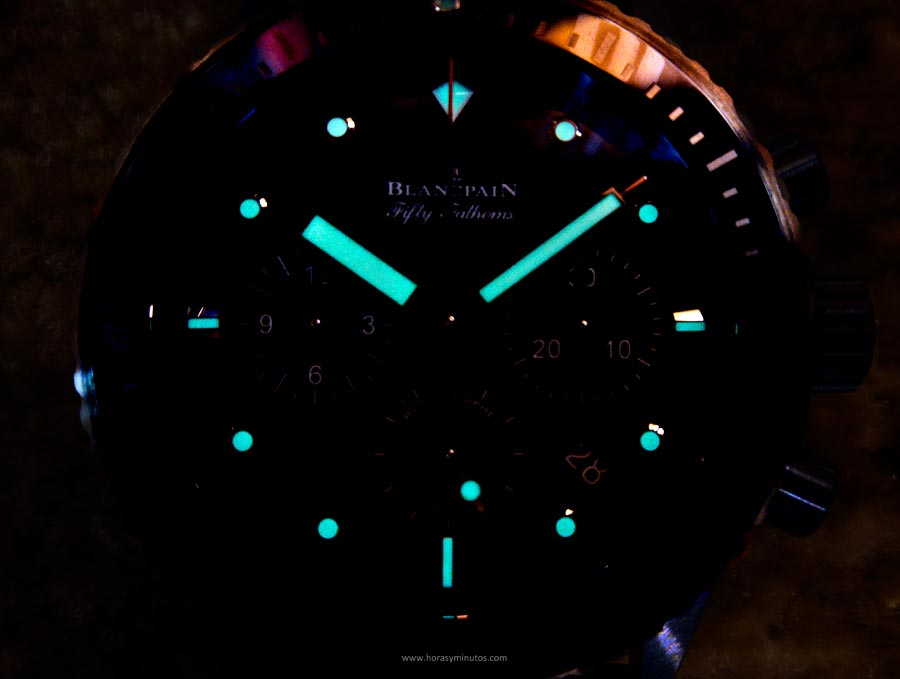 blancpain-fifty-fathoms-bathyscaphe-chronographe-flyback-ocean-commitment-ii-3-horasyminutos