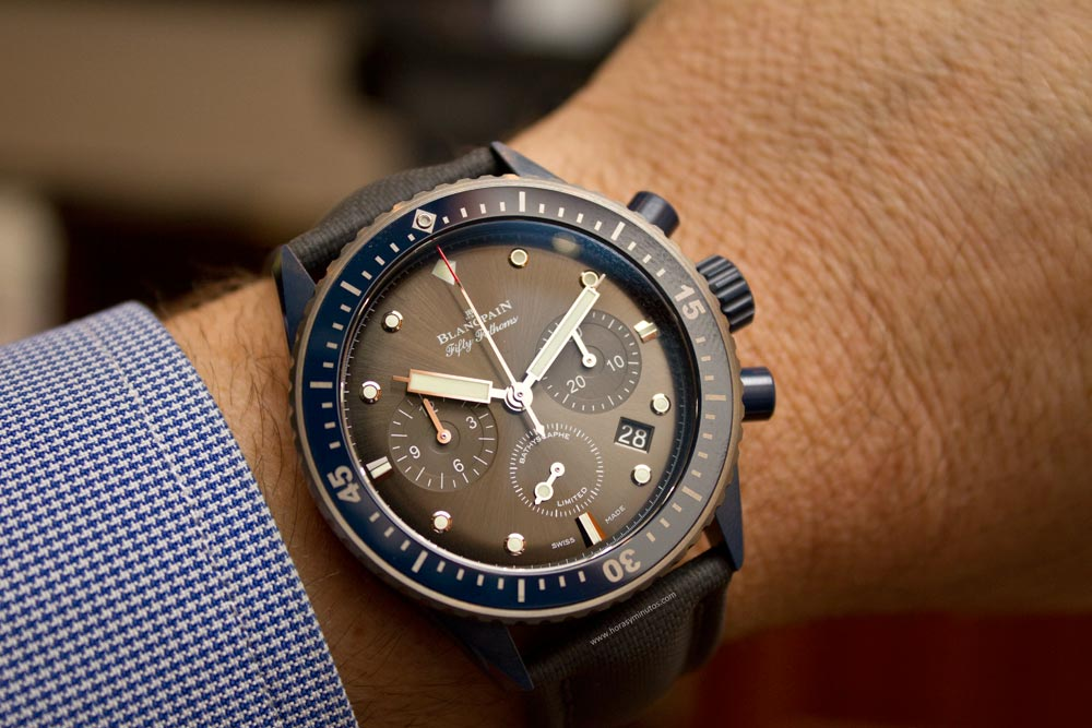 blancpain-fifty-fathoms-bathyscaphe-chronographe-flyback-ocean-commitment-ii-5-horasyminutos