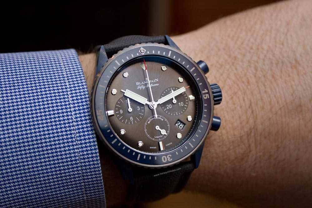 blancpain-fifty-fathoms-bathyscaphe-chronographe-flyback-ocean-commitment-ii-6-horasyminutos