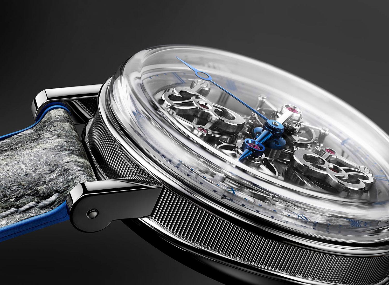 """Cristal de zafiro del Breguet Classique Double Tourbillon 5345 """"Quai de l'Horloge"""""""