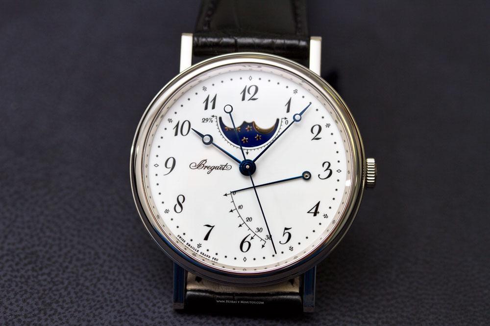 9a1712405f09 Me parece que ya he comentado en algún sitio que Breguet tiene ocho  colecciones de relojes