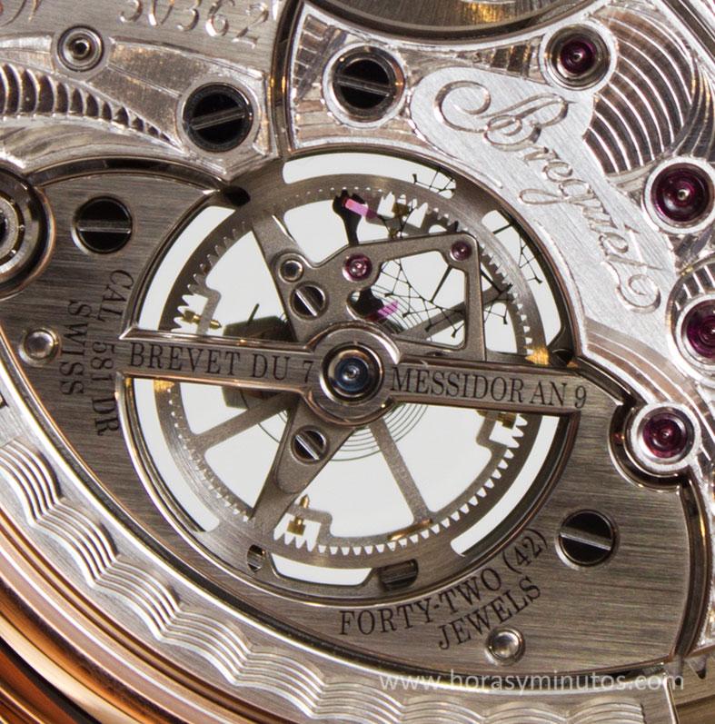 Breguet-Classique-Tourbillon-Extra-Plat-Automatique-5377-4-Horasyminutos