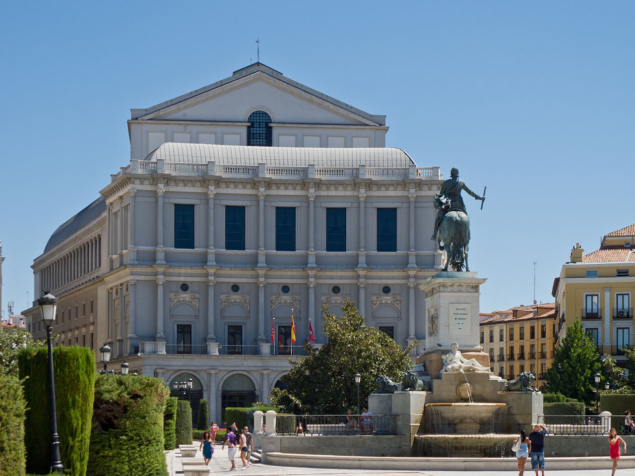 Breguet-Teatro-Real-de-Madrid-Horas-y-Minutos