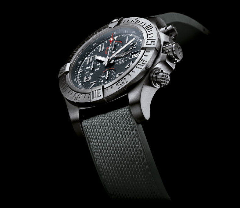 Breitling-Avenger-Bandit-perfil-1-Horas-y-Minutos