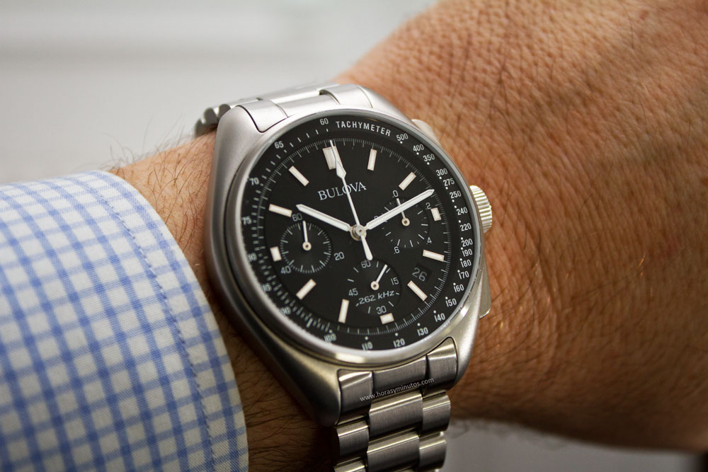 bulova-moon-watch-6-horasyminutos