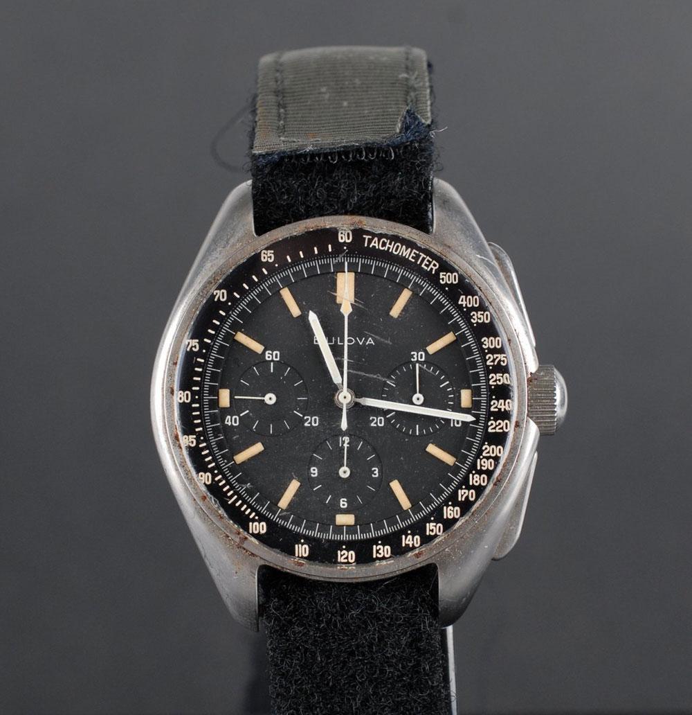 bulova-moon-watch-original-horasyminutos