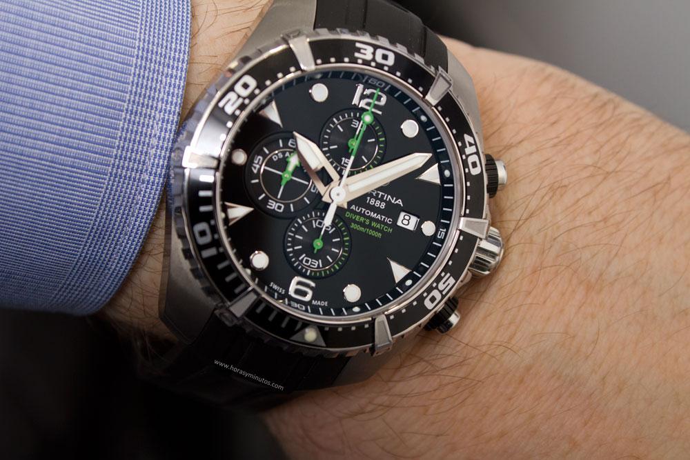 9e3aefd8861d El reloj es sometido a una presión un 25% mayor que la máxima indicada  (nominal). Se aplica sobre la corona una fuerza de 5 Newton en sentido  perpendicular ...