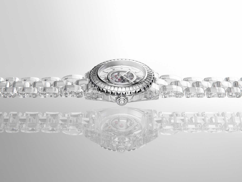 La estructura de zafiro del Chanel J12 X-Ray