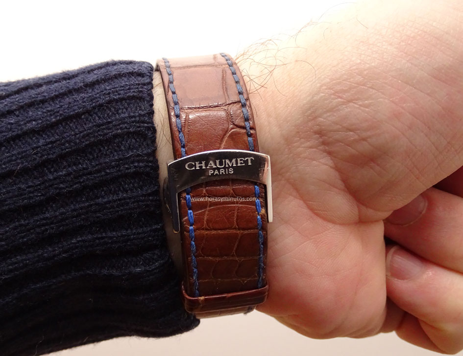 Chaumet-Dandy-Large-marron-castano-hebilla