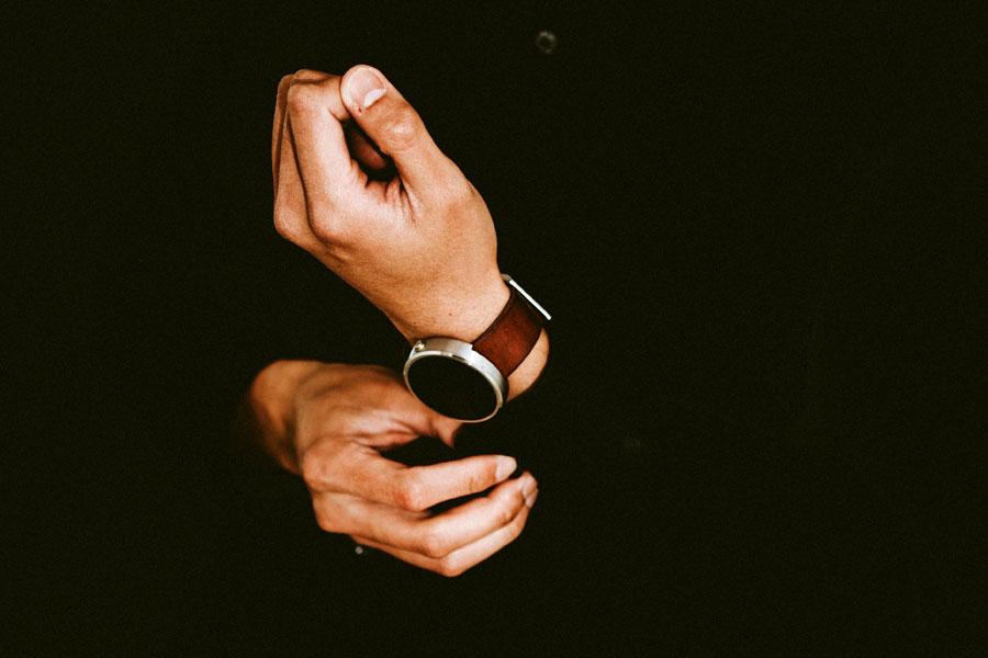 crisis-industria-relojera-suiza-smartwatch-horasyminutos