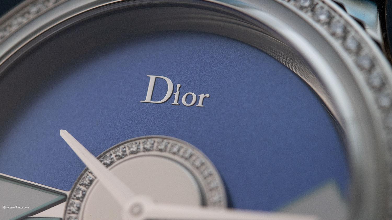 Logotipo en el Dior Grand Bal Plissé Soleil