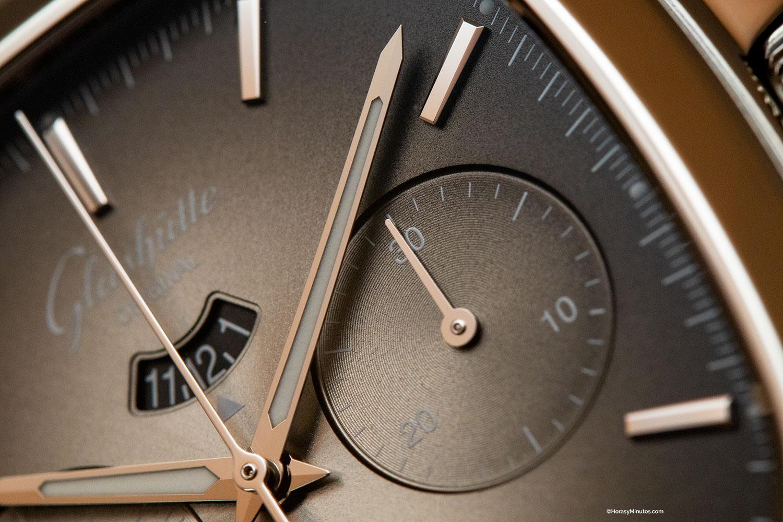 Contador de cronógrafo del Glashütte Original Seventies Chronograph Panorama Date Limited Edition