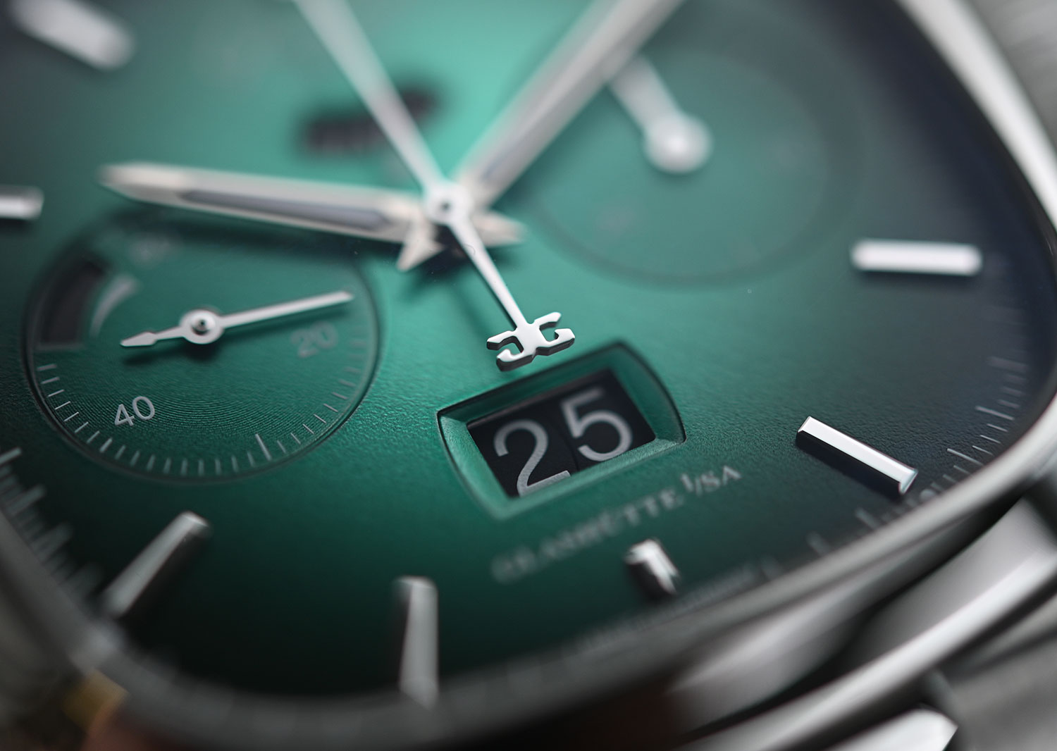 La Panorama Date del Glashütte Original Seventies Chronograph Panorama Date Limited Edition verde