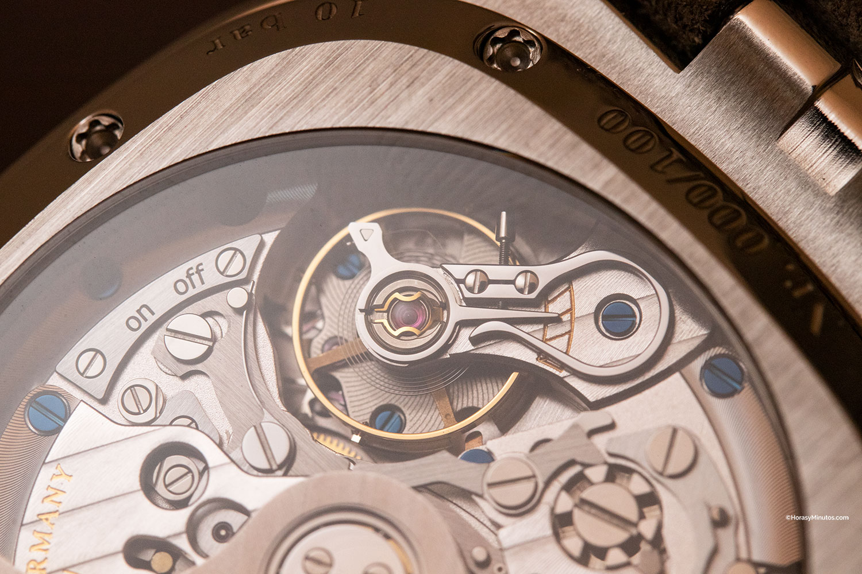 Detalle del calibre 37-02 del Glashütte Original Seventies Chronograph Panorama Date Limited Edition