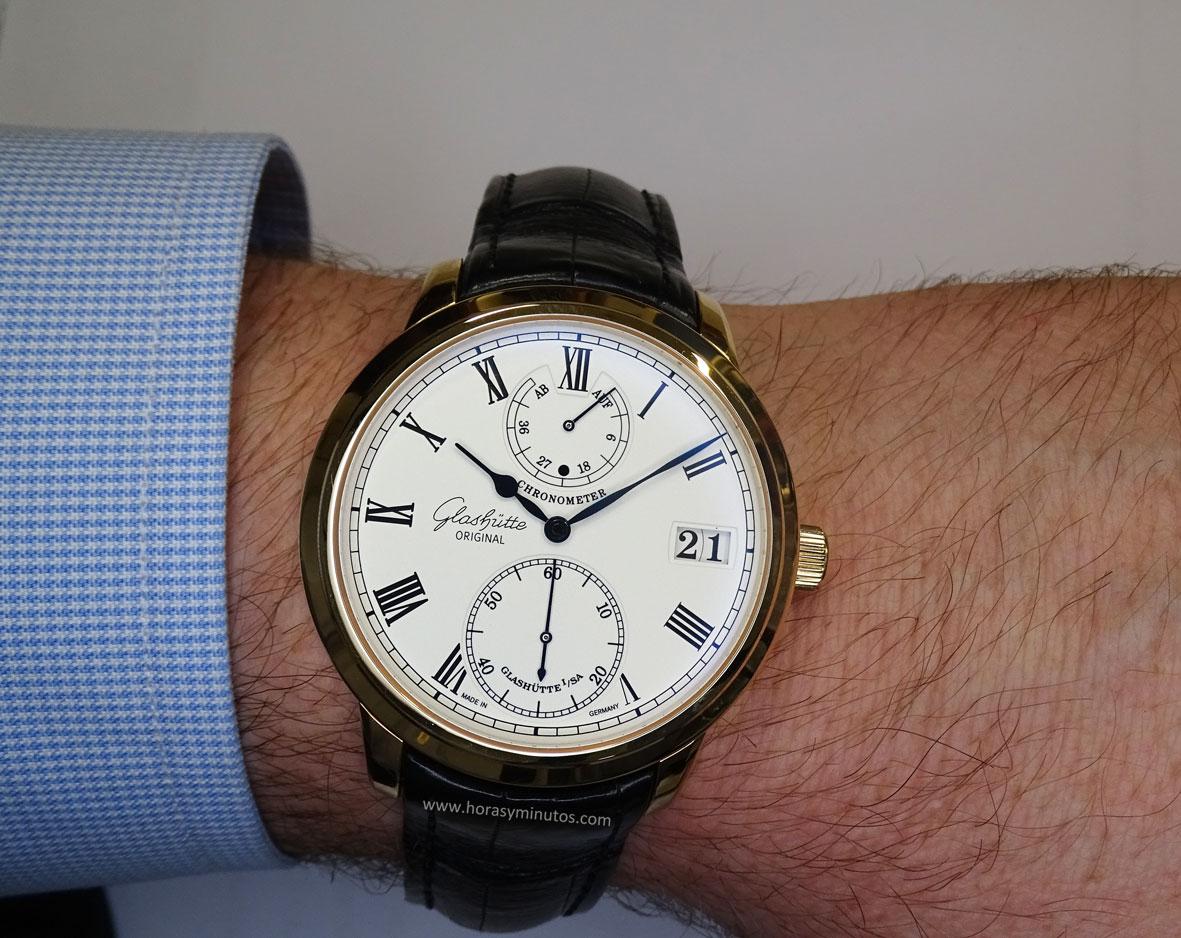 Glashutte Original Senator Chronometer en la muñeca