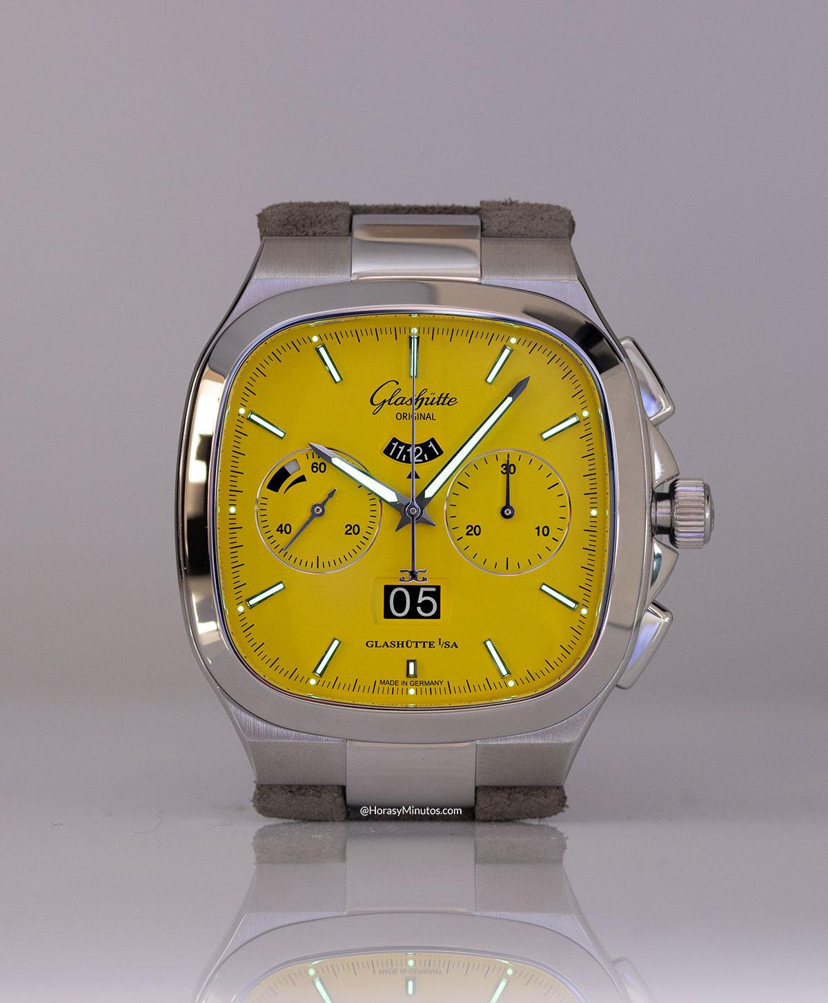 Tratamiento con Super-LumiNova del Glashütte Original Seventies Chronograph Panorama Date