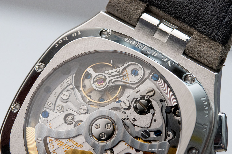 Detalle del calibre 37-02 del Glashütte Original Seventies Chronograph Panorama Date