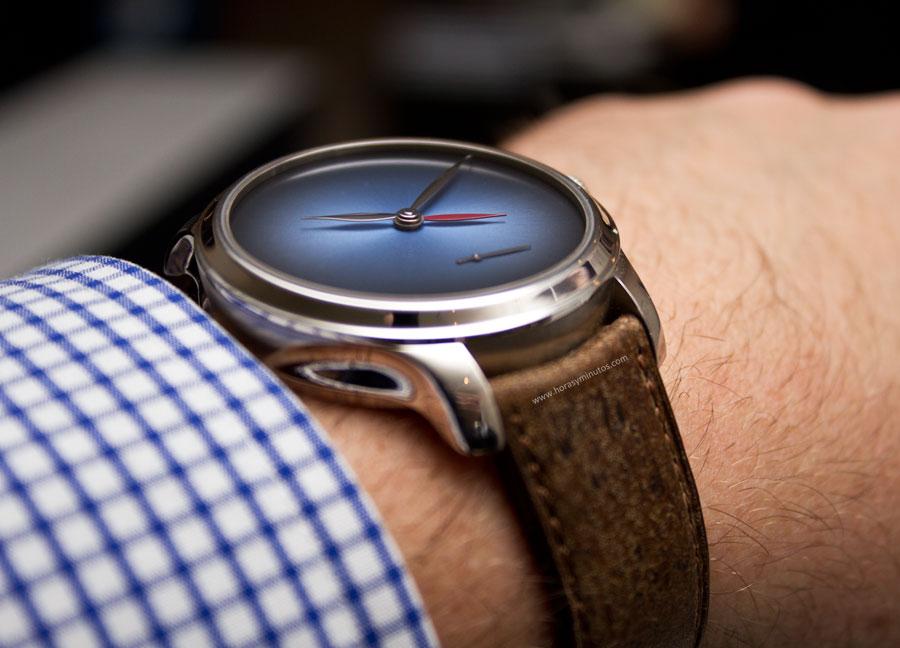 h-moser-cie-endeavour-dual-time-concept-13-horasyminutos