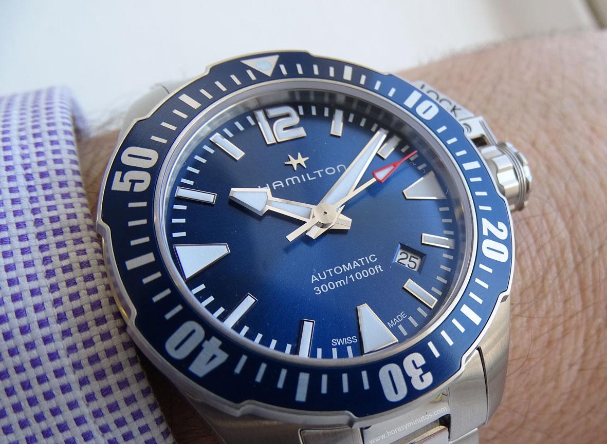 Hamilton-Khaki-Navy-Frogman-azul-1-Horasyminutos