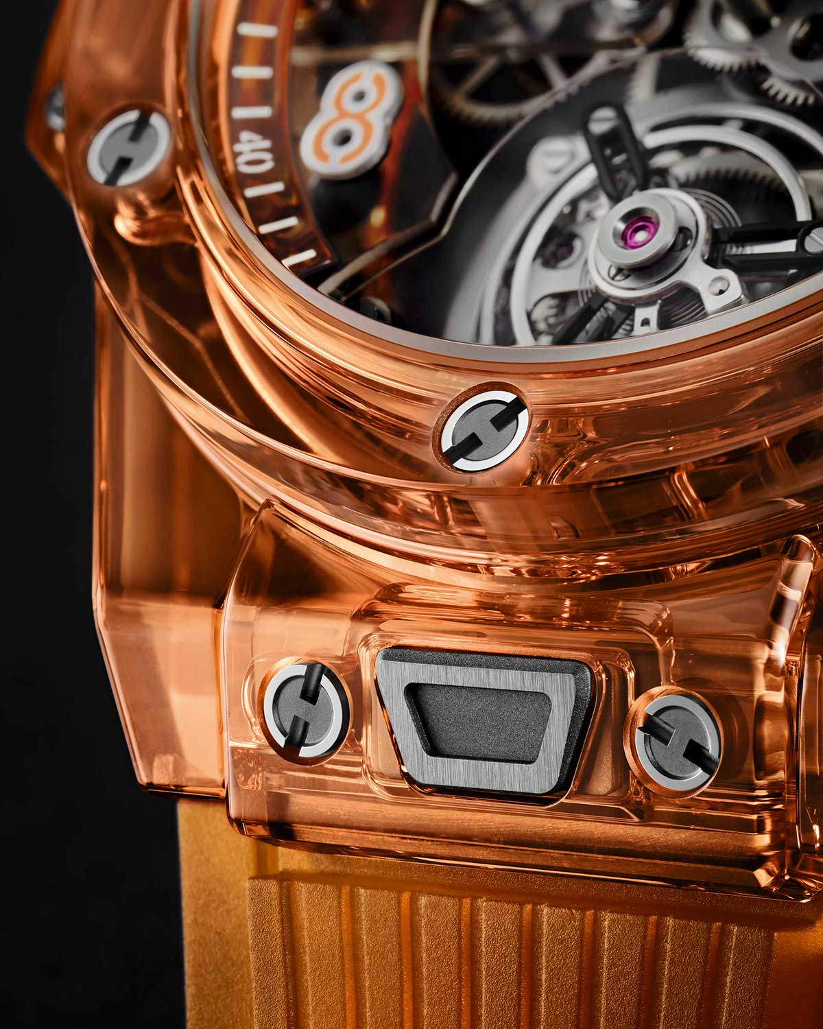 Detalle del sistema de intercambio de correas del Hublot Big Bang Tourbillon Automatic Orange Sapphire
