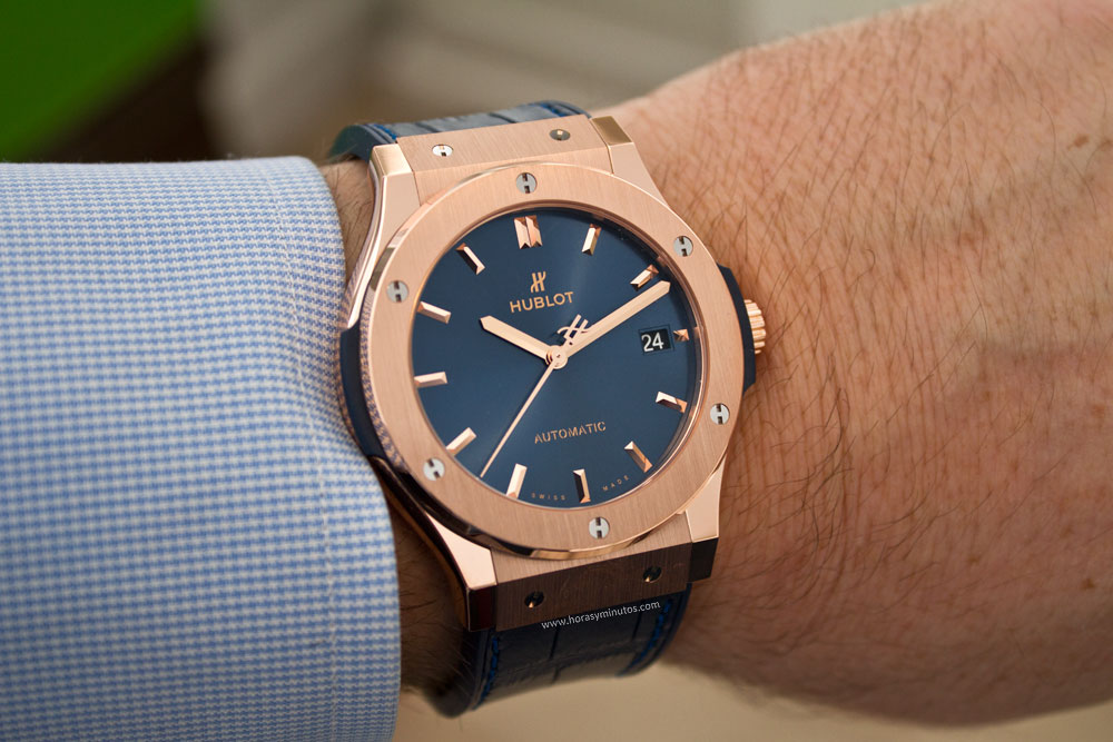 hublot-classic-fusion-blue-king-gold-10-horasyminutos