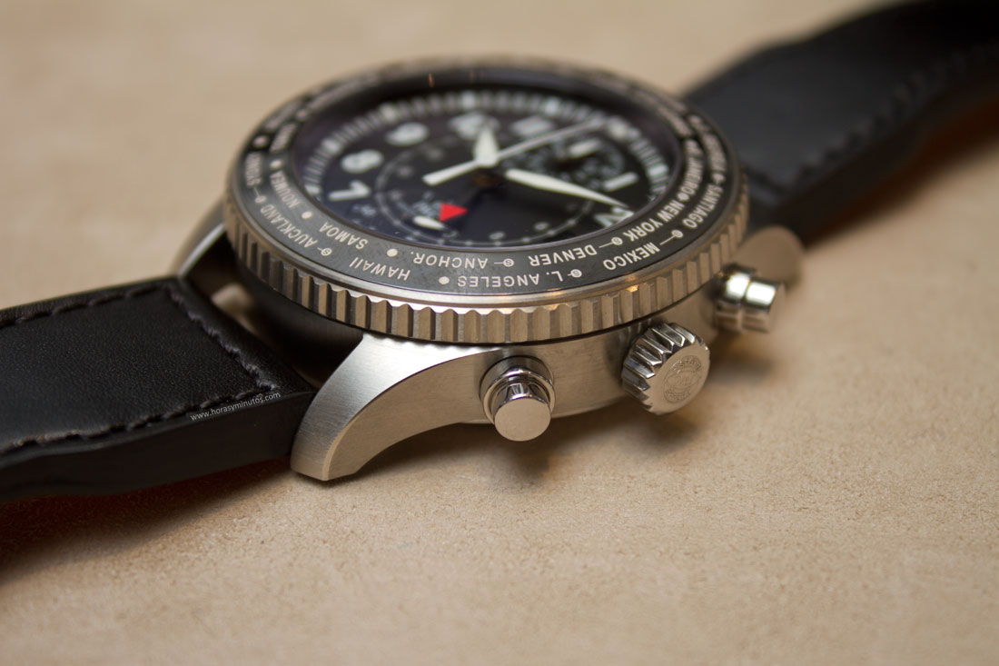 IWC-Pilots-Watch-Timezoner-Chronograph-3-HorasyMinutos