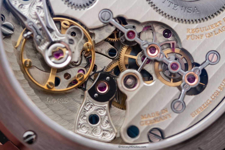 Detalle del calibre L043.8 del Lange Zeitwerk Date